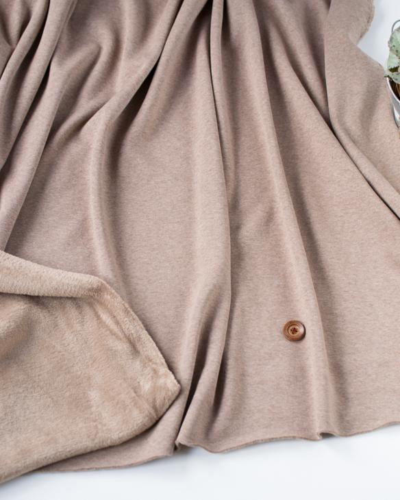 【ニット】着る毛布・ボンバーヒート(モンブラン)