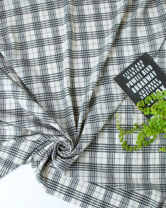 【布帛】レーヨン・リネン混やわらかほんのり透かしナチュラルチェック