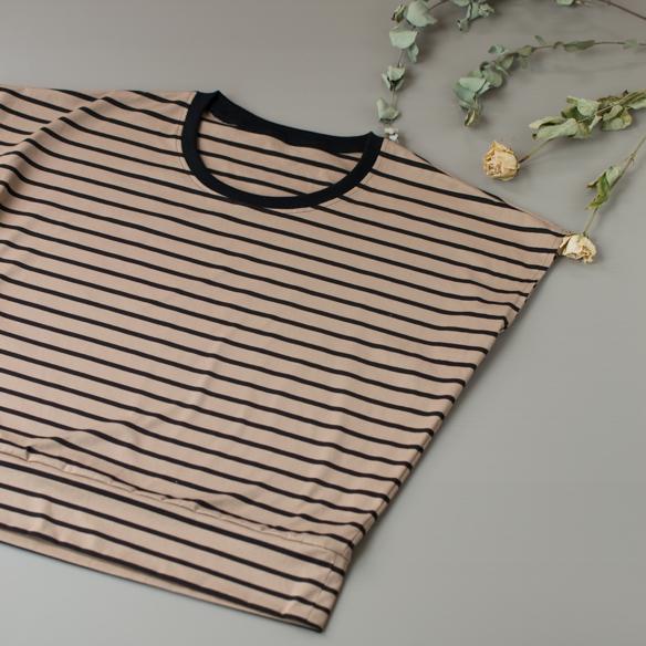 【プレゼントパターン】薄手ニットがおすすめ!リブゆるTシャツ